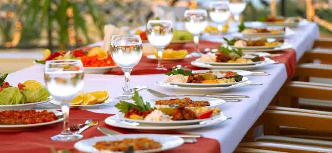 Catering Roma, offre servizi di catering a Cipro
